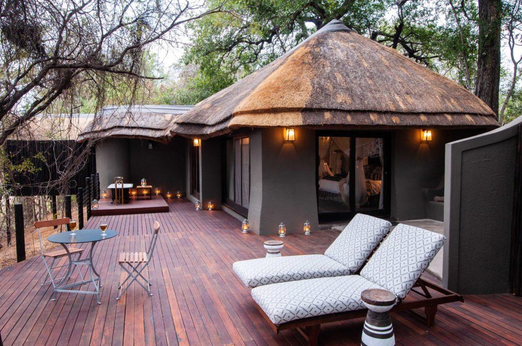 Jock-Main-Lodge-Suite-and-Deck