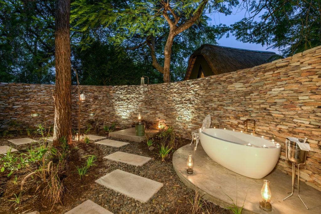 Sabi-Sabi-Selati-Camp-Outdoor-Bath