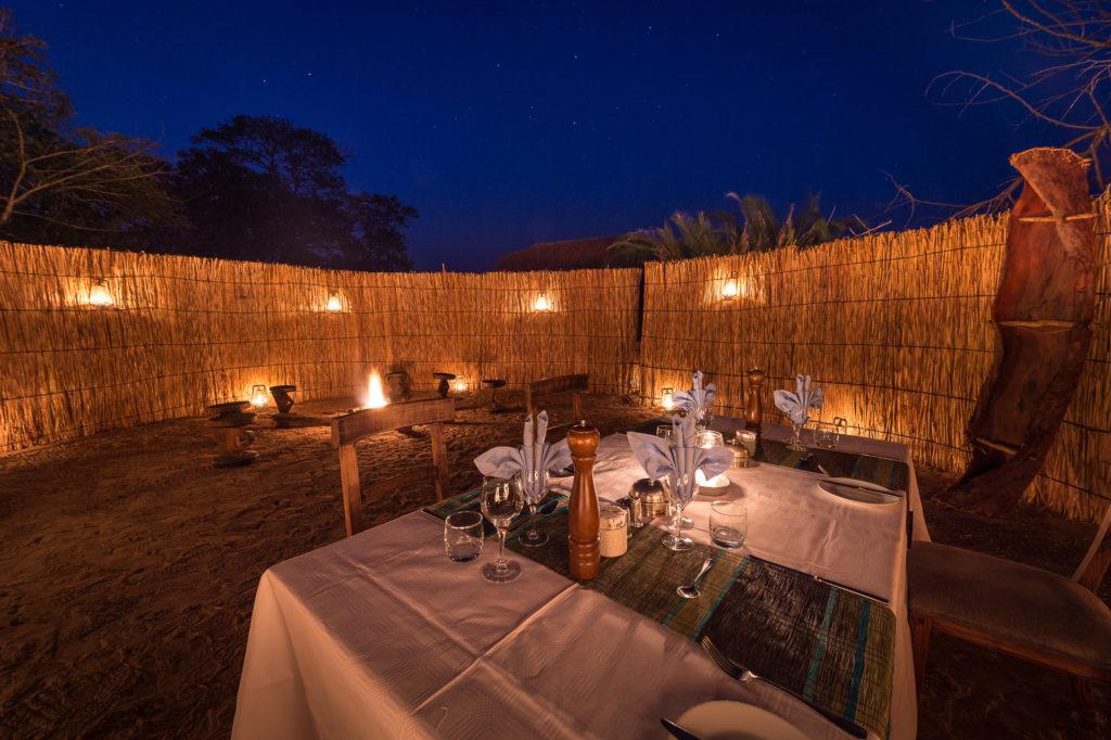 Shumba-Camp-Dining