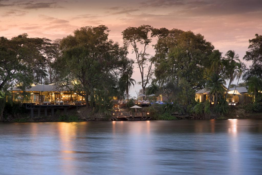 Thorntree-River-Lodge-Zambezi-River
