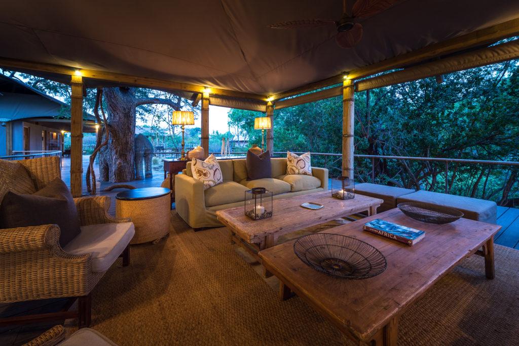 Toka-Leya-Lounge