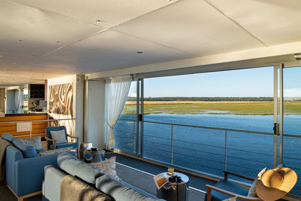Zambezi-Queen-lounge-area