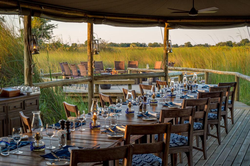 little-vumbura-dining-room