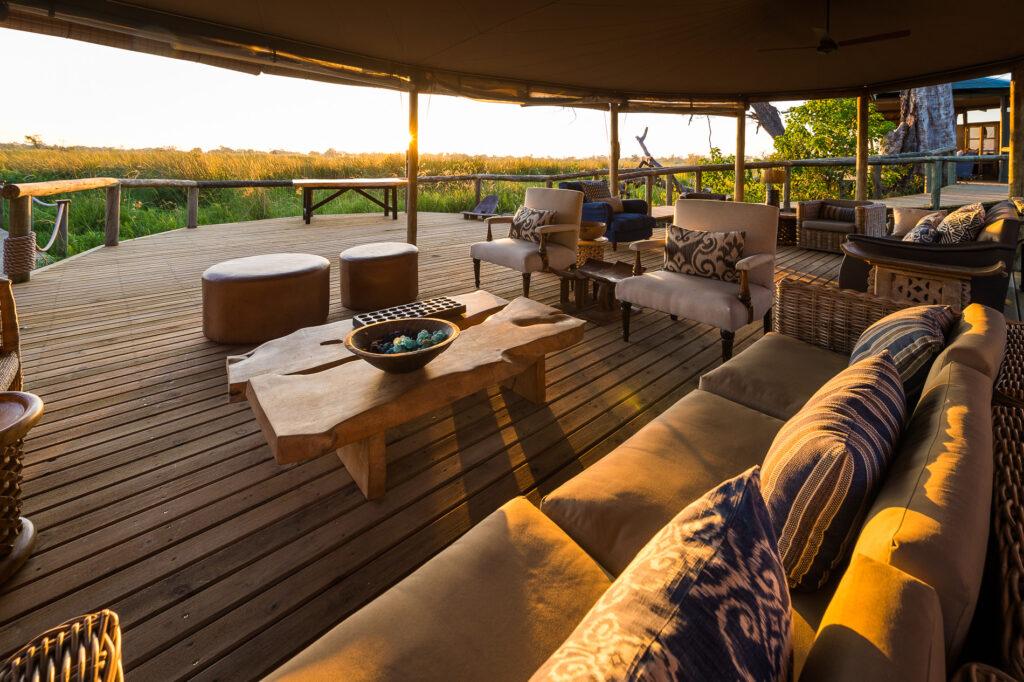 little-vumbura-outdoor-lounge-2