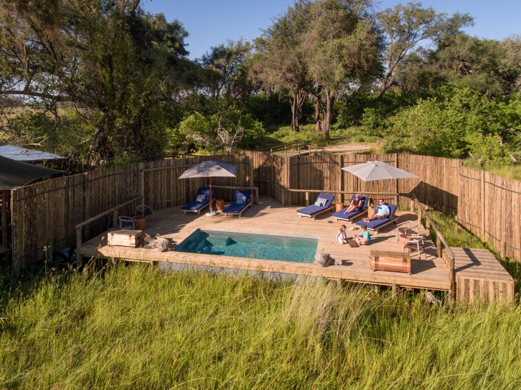 little-vumbura-pool-area