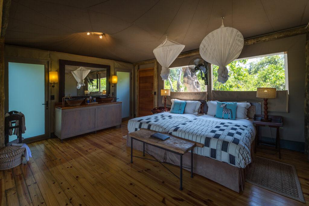 little-vumbura-tented-suite